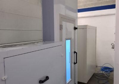 Cabine de peinture sur mesure vue arrière